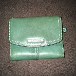 Fossil green vintage fold up wallet!